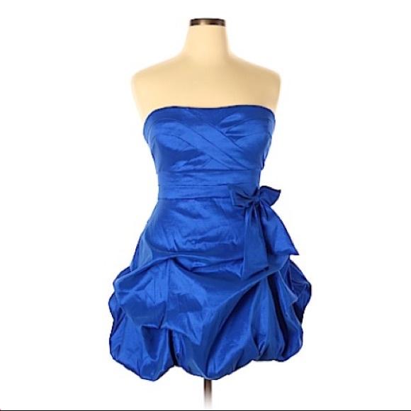 RAMPAGE DRESS STRAPLESS  BUBBLE BLUE SIZE L